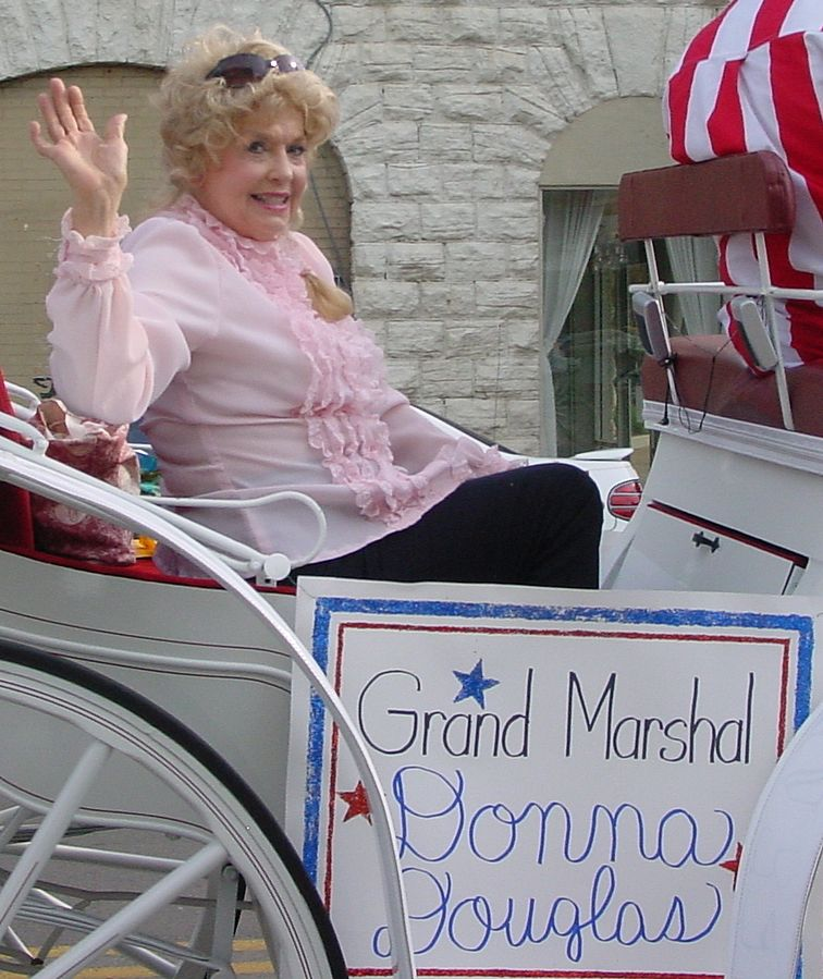 donna douglas 2007, american actress, senior citizen, salute to disney parade, grand marshall, tennessee