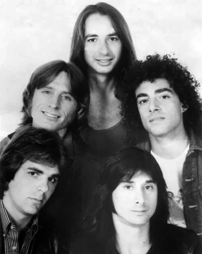 steve perry 1982, american rock singer, 1980s rock bands, journey lead singer, 1980s hit songs, oh sherrie, open arms, foolish heart, steve perry younger