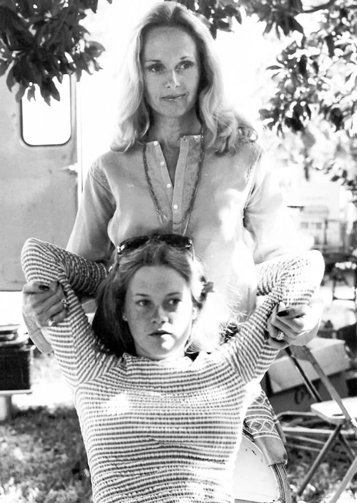 tippi hedren 1975, american actresses, melanie griffith, tippi hedrens daughter, melanie griffiths mother,