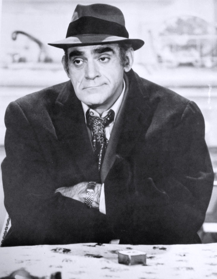 abe vigoda 1977, american character actor, 1970s tv shows, barney miller fish, 1980s tv sitcoms