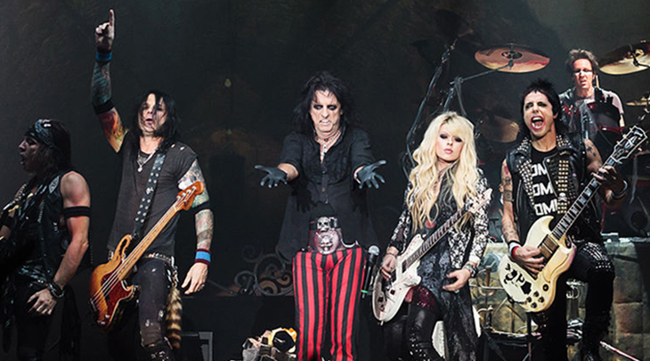 alice cooper band 2012, american rock singer, songwriter, hit rock songs, im eighteen, schools out, older rock artists, nee vincent damon furnier, shock rock,