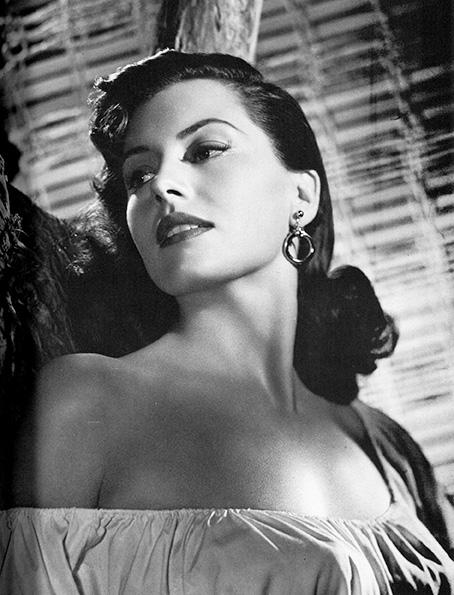cyd charisse 1940s, 1950s cyd charisse, 1940s movie stars, 1950s film stars