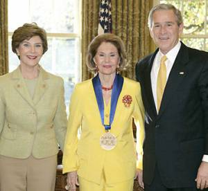cyd charisse 2006, national medal of honor, president george w bush, first lady laura bush