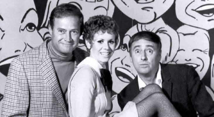rowan and martin's laugh-in 1967, dick rowan, dan martin, judy carne, 1960s tv shows, 1960s musical variety series, american comedians