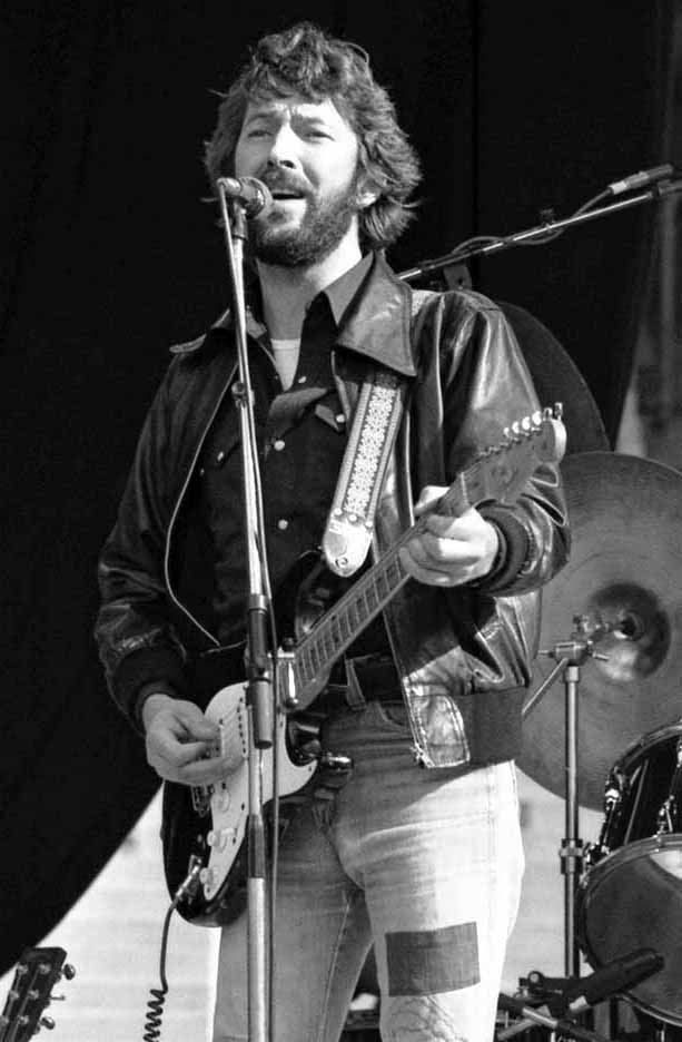 eric clapton 1978, 1970s eric clapton, younger eric clapton, british rock guitarist, english singer, rock songwriter, 1970s hit songs, cocaine, i shot the sheriff