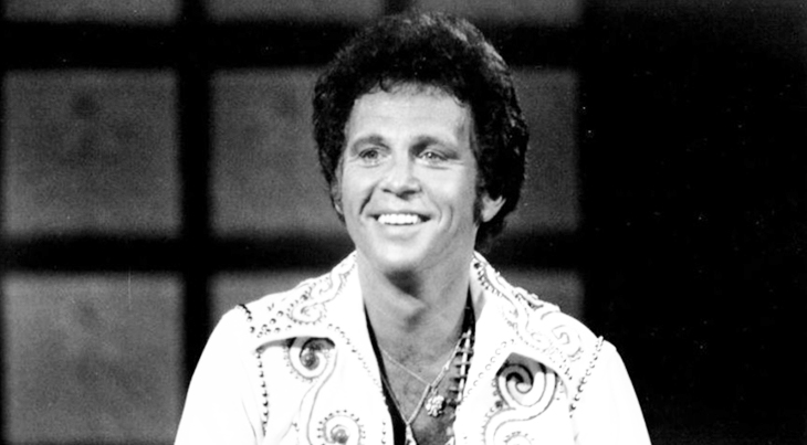 bobby vinton 1977, miss usa 1977 pageant host, polish american singer, songwriter, blue velvet, blue on blue, nickname the polish prince, bobby vinton younger