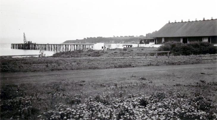 san simeon pier, warehouse, wharf, hearst ranch, california, san luis obispo county, 1920s, beach, william randolph hearst memorial beach
