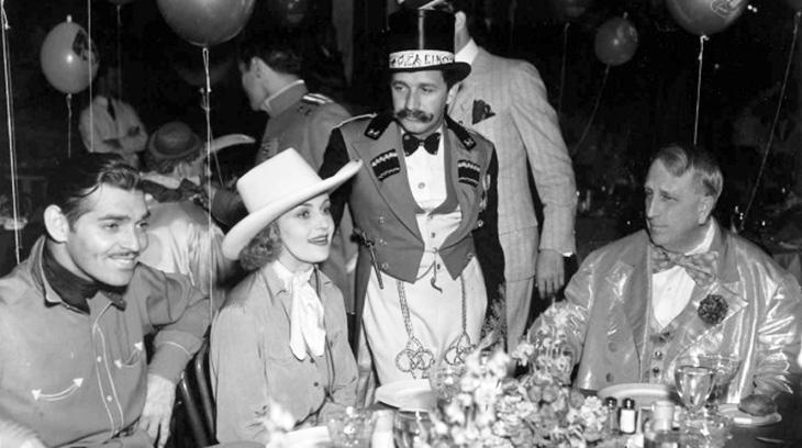 william randolph hearst, hearst castle, costume party, american actors, clark gable, carole lombard, movie director mervyn leroy, 1938