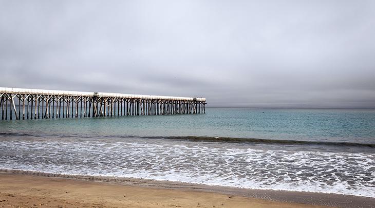 san simeon pier, william randolph hearst memorial beach, hearst ranch, hearst castle, california, san luis obispo county, pacific coast, 2021