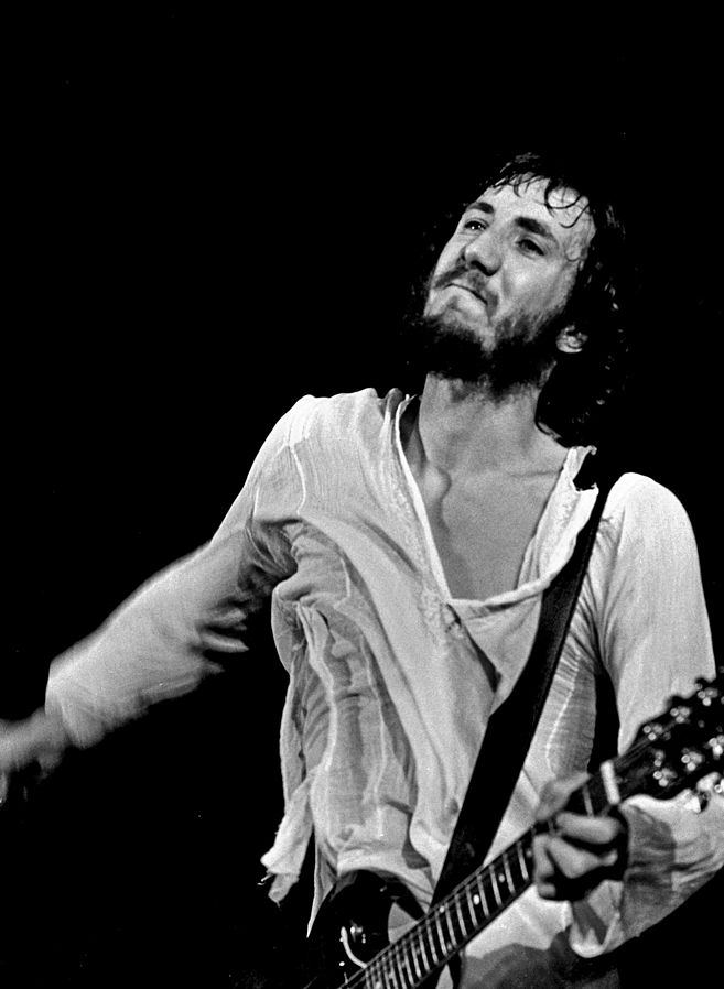 pete townshend 72, pete townshend 1972 photo, english guitar player, lead guitar, singer, songwriter, 1980s hit singles, rough boys, let my love open the door, 1960s rock bands, 1960s hit singles, 1960s best rock songs, i cant explain, my generation, substitute, i can see for miles, tommy, rock opera, pinball wizard, 1970s rock songs, 1970s hit singles, who are you, wont get fooled again, baba oriley, 170s rock bands, 19septuagenarian, senior citizen, celebrity birthday, may 19 birthday, born may 19 1945, tinnitus, rock and roll hall of fame