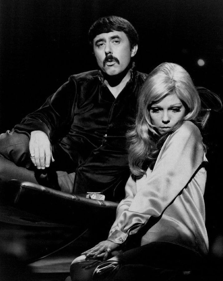 nancy sinatra 1968, lee hazlewood, american singers, songwriters, 1960s hit songs, these boots are made for walkin, collaboration albums, friends