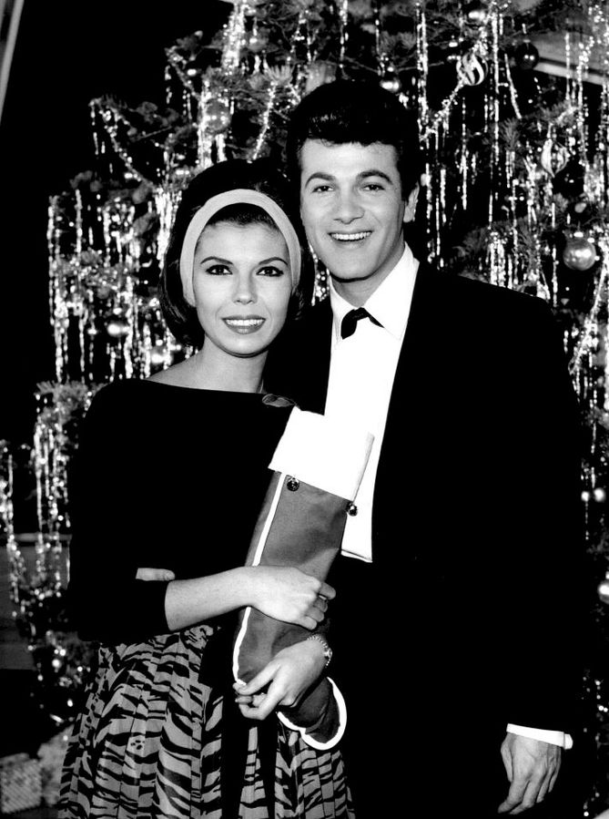 nancy sinatra 1962, husband tommy sands, 1960s game shows, married tommy sands, divorced tommy sands, american actress, singer