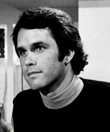 gregory harrison 1977, trapper john md, dr george alonzo gates, gonzo gates, 50+, senior citizen, actors, aging father, senior years, married randi oakes, cocaine addiction, cocaine abuse, alcohol addiction, substance abuse, betty ford clinic, surfer, surfing, logan's run, 19790s television shows