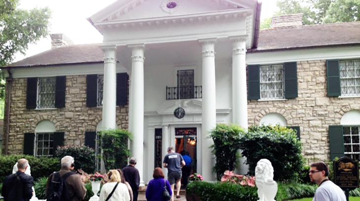 elvis presley, private home, american singer, graceland, memphis, tennessee, mansion, estate, tourist attraction, 2015, american landmarks