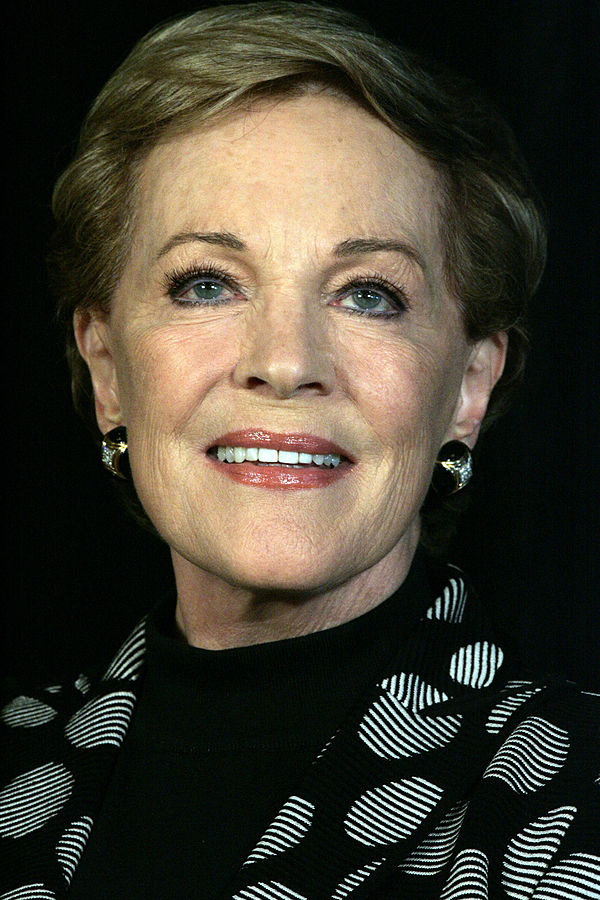 julie andrews 2013, british american actress, english singer, senior citizen