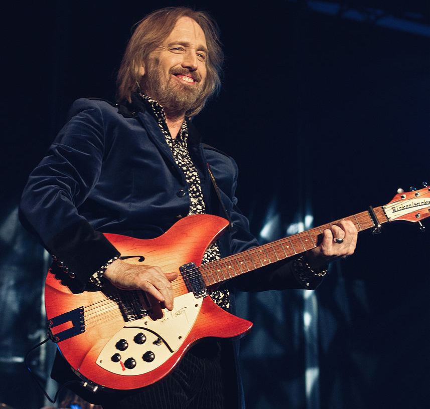 tom petty, gainesville, florida, baby boomer, singer, songwriter, bass guitar, the heartbreakers, 50+,  jane benyo, kimberly petty, adria petty, mike campbell, don't come around here no more, the end of the line, you don't know how it feels, free fallin', mary jane's last dance