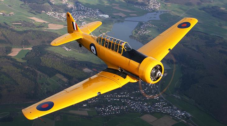 british commonwealth air training plan, warplane heritage, vintage planes, harvard t6, wwii airplanes