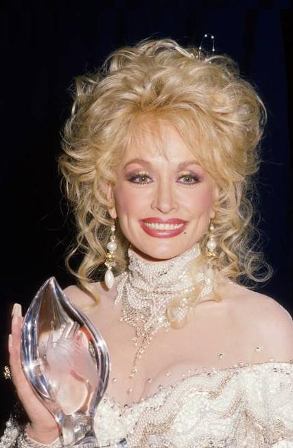 dolly parton 1988, american singer, country music legends