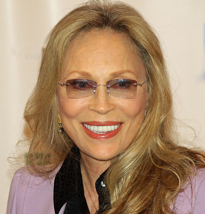 faye dunaway 2008, american model, actress, 1960s movies, hurry sundown, the happening, bonnie and clyde, the thomas crown affair, 1970s movies, little big man, puzzle of a downfall child, the three musketeers, chinatown, the four musketeers miladys revenge, the towering inferno, three days of the condor, academy award, best actress, network, voyage of the damned, eyes of laura mars, the champ, 1980s movies, the first deadly sin, mommie dearest, ordeal by innocence, supergirl, barfly, midnight crossing, 1980s television mini series, ellis island, maud charteris, christopher columbus, queen isabella of spain, 1990s movies, the handmaids tale, the temp, don juan demarco, dunston checks in, the chamber, in praise of older women, love lies bleeding, the messenger the story of joan of arc, 1990s tv shows, it had to be you, laura scofield, 2000s movies, the rules of attraction, the calling, septuagenarian, senior citizen, celebrity birthday, famous people birthdays, jauary 14 birthday, born january 14 1941