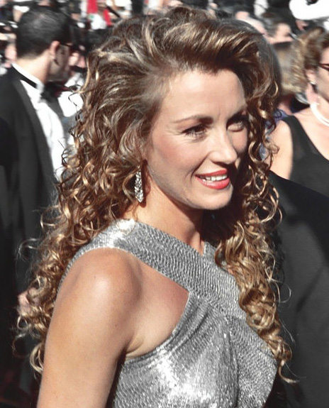 jane seymour 1994, emmy awards, english actress, american actress, tv series, dr quinn medicine woman