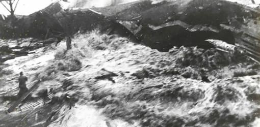 april 1946 hawaii tsunami, april 1946 alaska earthquake, baby boomer history trivia, aleutian islands earthquake, hawaii tidal wave, hilo hawai tsunami photoi, hawaiian islands tsunami, james micheners hawaii,