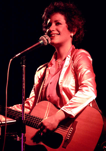 janis ian 1981, american singer, songwriter, folk musician, 1970s hit songs, at seventeen, 1960s hit singles, societys child, afro american singer