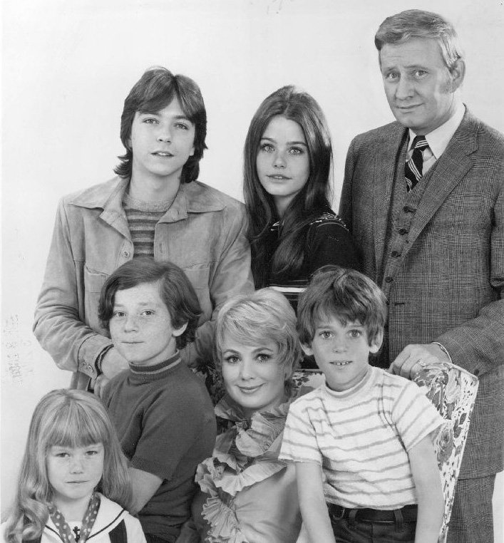 the partridge family 1971, 1970s television series, 1970s musical comedy tv shows, david cassidy, susan dey, dave madden, danny bonaduce, shirley jones, jeremy gelbwaks, suzane crough, younger actor