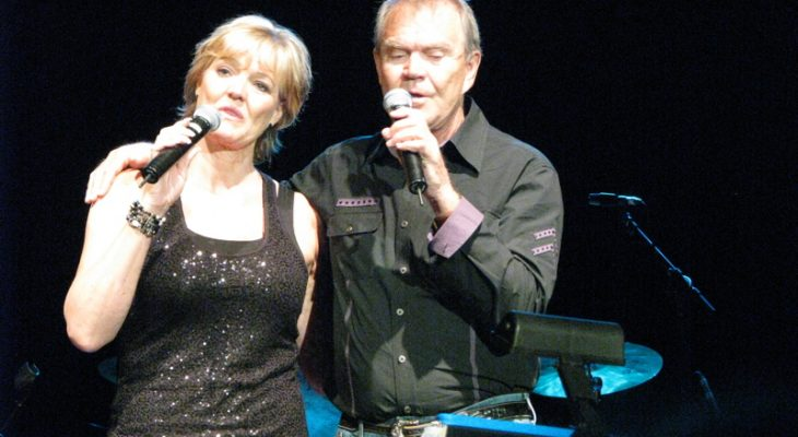 glen campbell, daughter debbie campbell, 2009 concert, senior citizen, septuagenarian