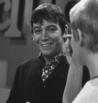 eric burdon 1967, english singer, the animals, songwriter