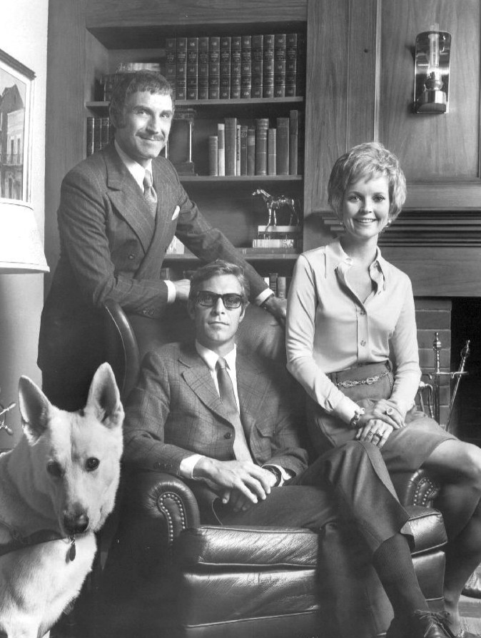 longstreet cast, longstreet tv series, 1970s tv shows, blind detective, james franciscus, mike longstreet, peter mark richman, duke paige, marlyn mason, nikki bell, guide dog pax, seeing eye dog