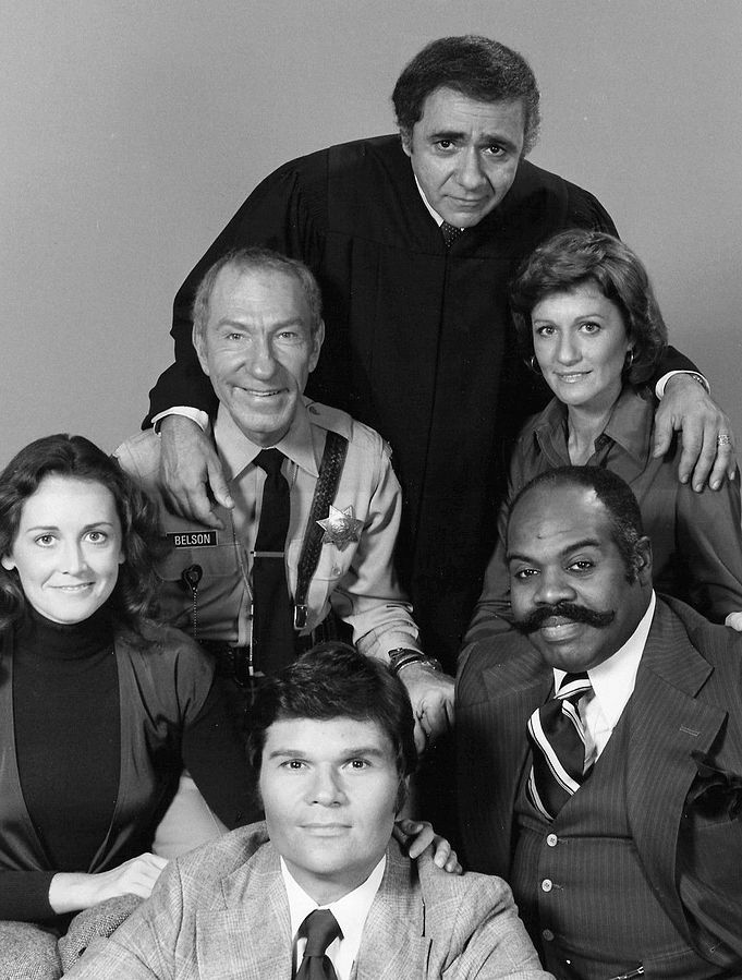 michael constantine 1976, sirotas court, 1970s sitcoms, 1970s television shows, american actors, fred willard, kathleen miller, owen bush, cynthia harris, ted ross