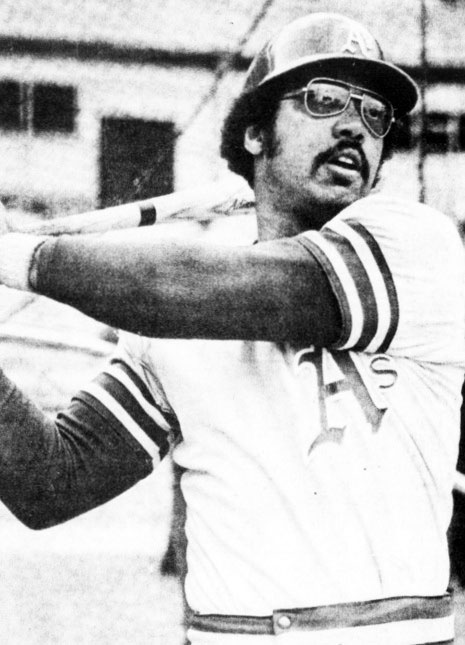reggie jackson 1973, african american professional baseball player, mlb player, oakland athletics player, 1973 world series batting warm up, mr october nickname