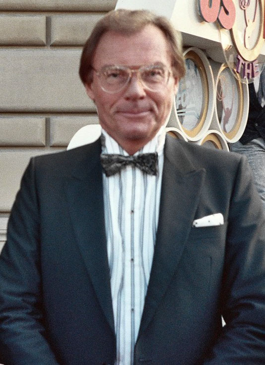 adam west 1989, american actor, batman, bruce wayne, older, senior citizen