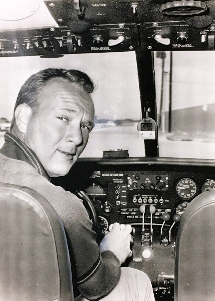 arnold palmer 1961, younger arnold palmer, golf professional, pga golfer, twin engine plane pilot
