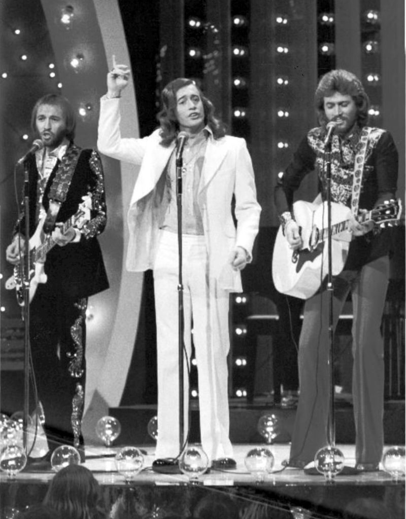 barry gibb 1973, the bee gees, bert sugarmans the midnight special, younger
