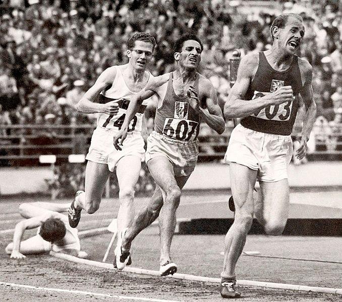 emil zatopek 1952, czechoslovakian long distance runner, 1952 helsinki olympic games, 1952 helsinki olympics races, gold medalist, olympics long distance races, 10km gold medal winner, 5 k race winner, marathon gold medalist, herbert schade, alain mimoun