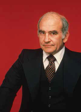 ed asner, dashing daring and debonair, octogenarian, senior citizen, actors, SAG president, the mary tyler moore show, lou grant, heavy set, handsome, politics, rich man poor man, axel jordache