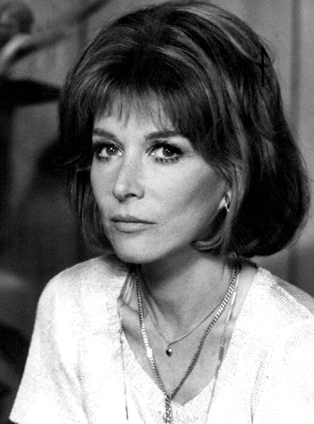 lee grant 1975, american actress, 1970s television series, 1970s tv sitcoms, fay