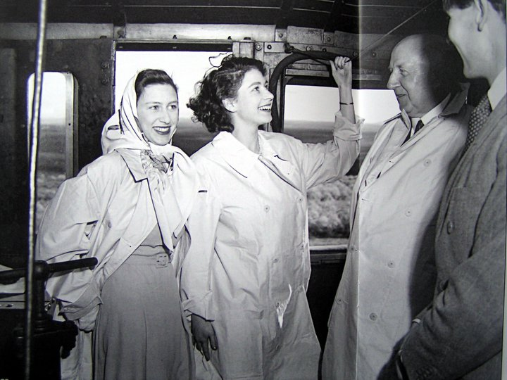 princess elizabeth 1947, queen elizabeth, princess margaret, south africa, royal tour