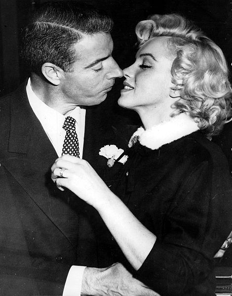 joe dimaggio 1954, marilyn monroe, american baseball player, american actress,1954 wedding, 1954 elopement, joe dimaggio married marilyn monroe