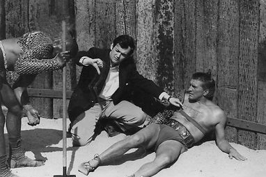 kirk douglas 1960, director stanley kubrick, 1960s movies, historical films, spartacus, behind the scenes
