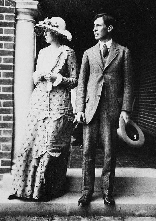 virginia woolf, writer, author, august 1912 wedding, husband leonard woolf, 1912 fashion