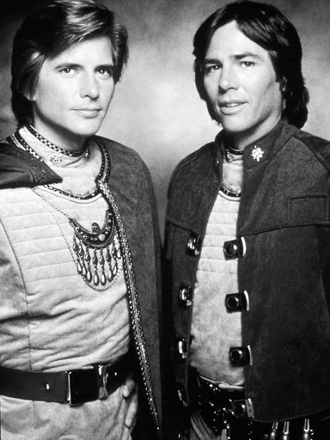 richard hatch 1977, dirk benedict, 1970s television series, 1970s sci fi tv shows, battlestar galactica,