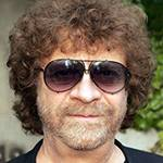 jeff lynne birthday, nee jeffrey lynne, aka otis wilbury, clayton wilbury, jeff lynne 2015, english musician, british record producer, songwriter, singer, cofounder elo, 1970s progressive rock bands, electric light orchestra, 1970s hit rock songs, cant get it out of my  head, showdown, roll over beethoven, evil woman, strange magic, livin thing, telephone line, turn to stone, sweet talkin woman, shine a little love, dont bring me down, 1980s hit rock singles, im alive, xanadu, all over the world, hold on tight, rock n roll is king, calling america, 1980s rock bands, cofounder traveling wilburys, 1990s rock songs, this is love, when we was fab, you got it, handle with care, shes my baby, septuagenarian birthdays, senior citizen birthdays, 60 plus birthdays, 55 plus birthdays, 50 plus birthdays, over age 50 birthdays, age 50 and above birthdays, generation x birthdays, baby boomer birthdays, zoomer birthdays, celebrity birthdays, famous people birthdays, december 30th birthday, born december 30 1947