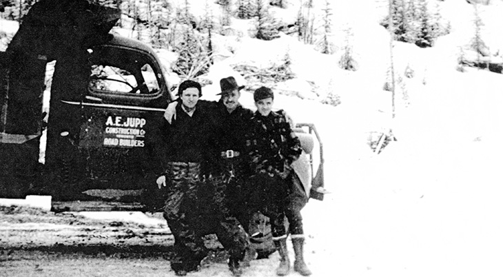 1940s alaska highway construction road crews, ernie tomlins 1942