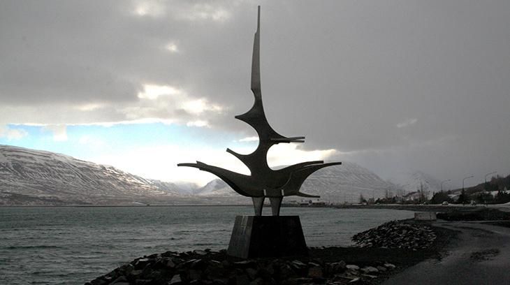 sigling sculpture, akureyri iceland, iceland scenery, icelandic artists