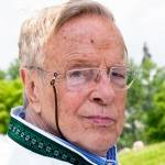 franco zeffirelli died 2019, gianfranco zeffirelli june 2019 death, italian film producer, director, screenwriter, jesus of nazareth, 1960s movies, romeo and juliet, tea with mussolini,