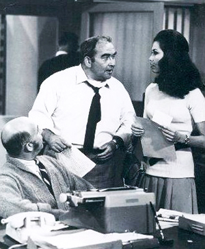ed asner, gavin macleod, mary tyler moore, the mary tyler moore show 1970, 1970s tv series, sitcoms, american actors