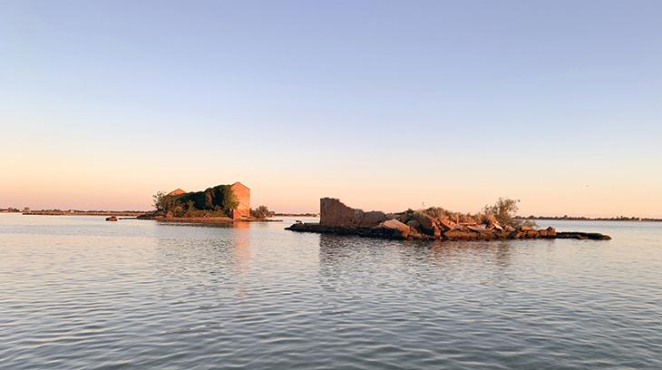 isola di san nicolo della cavana, madonna del monte island 2019, madonna del rosario, abandoned venetian island, italy, abandoned italian monastery