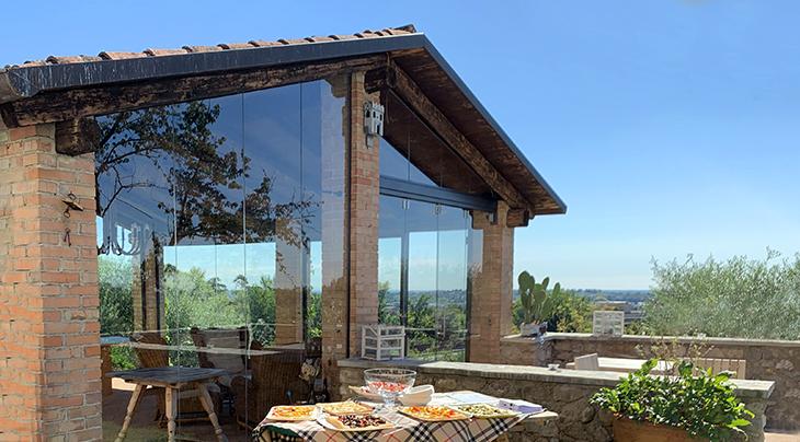 la vigna di sarah winery, vittorio veneto, treviso italy, prosecco wine tasting, appetizers, buffalo mozzarella, flaky pastry
